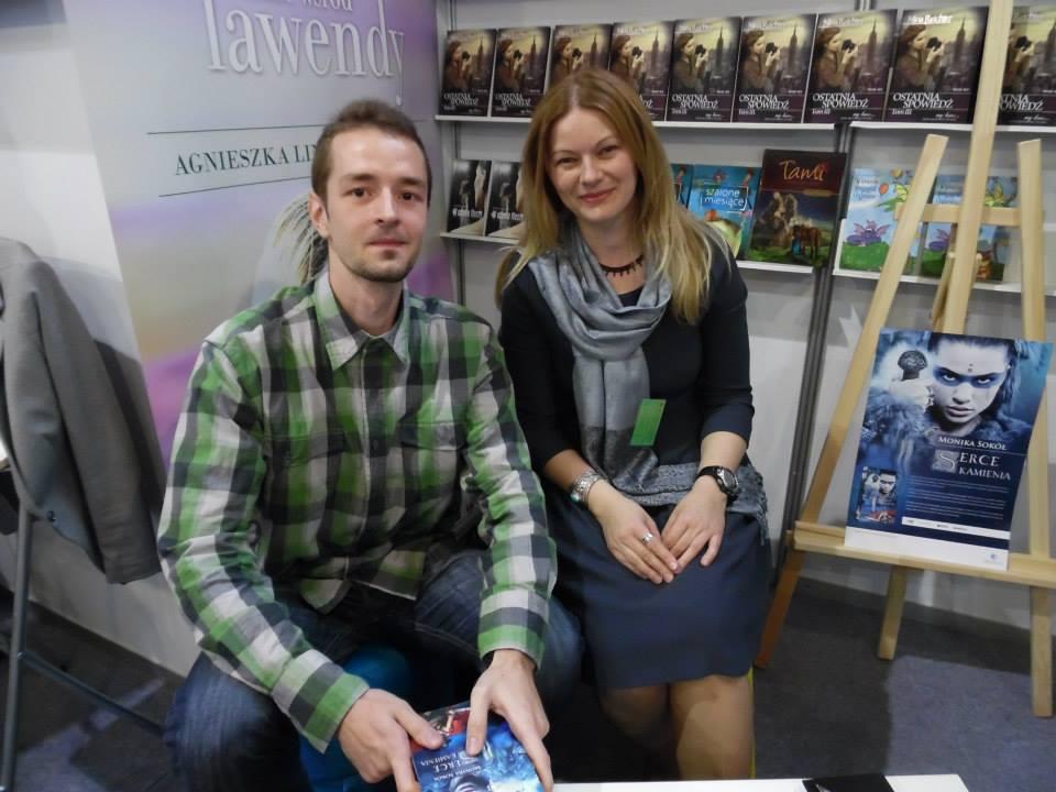 Targi Książki - fotka z B. Fot. Novae Res